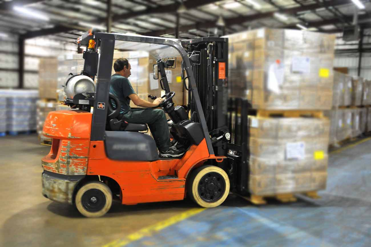 10 Common Forklift Mistakes And How To Avoid Them - UniFirst First Aid +  Safety